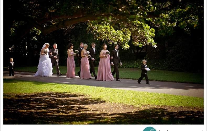 Botanic Gardens Adelaide Wedding | Mel + Dallas Pt 1