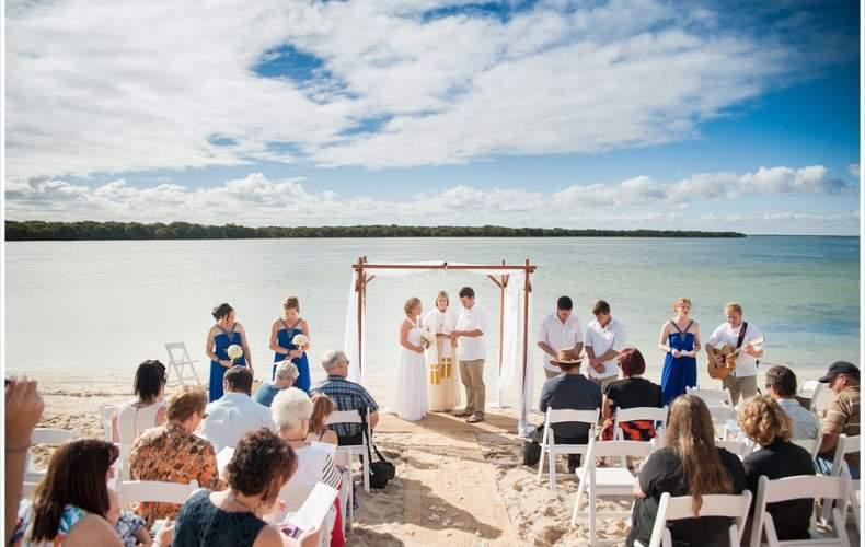 Steffi + Andrew's Australian Wedding